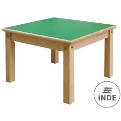 Mesa. Estructura en madera de haya maciz. Medidas 60x60cm. Altura 46cm