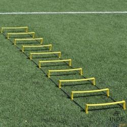 Escalera de agilidad de 10 peldaños. Dos posiciones, plana o elevada. Longitud 4m.