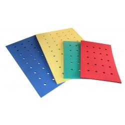 TAPIZ con orificios. Medidas 150 x 100 x 2